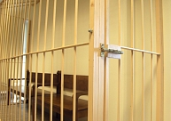 Krimināllietā par jaunietes slepkavību Rēzeknē turpinās pratināt apsūdzētos