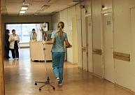 Onkologu asociācijas vadītājs: Hroniska līdzekļu trūkuma dēļ Latvijas medicīnā neienāk moderni medikamenti