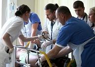 VM ar vienreizēju un ikmēneša papildu maksājumu palīdzību cer piesaistīt mediķus darbam ārpus Rīgas