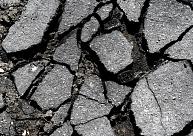 Saistībā ar kritisko ceļu stāvokli Zemgales pašvaldības lūdz atjaunot valsts autoceļu fondu