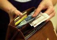 Saeima nosaka, ka būs jāpublicē arī valsts iestāžu darbinieku atalgojums