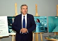 Valdība piekrīt 2019.gadā sākt pāreju uz mācībām latviešu valodā