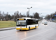 Jelgavas autobusu parks autobusus turpinās nomāt no pilsētas mēra dēla vadītā uzņēmuma