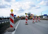 Remontdarbu laikā uz vairākiem autoceļiem Latvijas reģionos noteikti satiksmes ierobežojumi