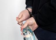 Daugavpilī par instalācijas sabojāšanu aizturēts policijas meklēts vīrietis