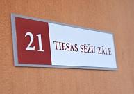 Lietu par sievietes izvarošanu un aplaupīšanu Daugavpilī turpinās skatīt oktobrī