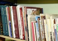 Konkursā meklē Alsungas novada bibliotēkas vadītāju