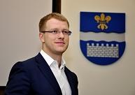 papildināta - Ar Eigima partijas atbalstu par Daugavpils mēru ievēlēts Elksniņš
