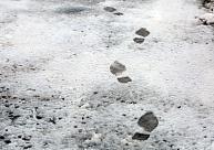 Braukšanas apstākļi visvairāk apgrūtināti uz ceļiem Latgalē un Zemgalē; ceļu tīrīšanā iesaistītas 145 tehnikas vienības