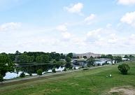 Mikrobioloģiskā piesārņojuma dēļ neiesaka peldēties vienā no divām Jelgavas peldvietām