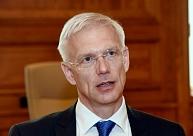 Kariņš: Visās trīs Baltijas valstīs alkoholam vajadzētu piemērot vienādu akcīzes nodokli