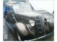 Policija meklē Rīgā nozagtu retro automašīnu