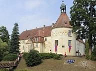 Gatavojas viduslaiku svētkiem par godu Jaunpils pils 715 gadu jubilejai