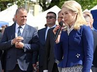 Batkrievijas uzņēmumu pārstāve