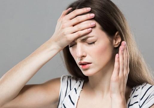 Ģeneralizēta trauksme: Simptomi, cēloņi, ārstēšana