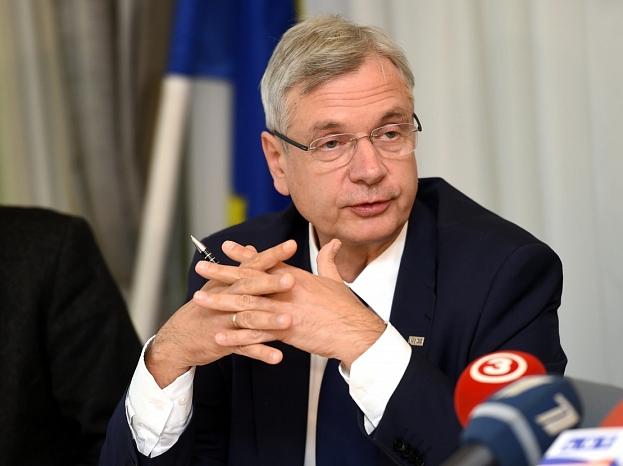 Izglītības un zinātnes ministrs, profesors Kārlis Šadurskis
