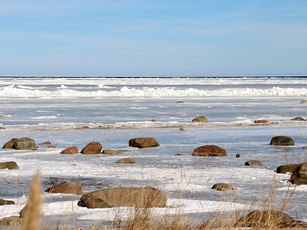 Jūra ziemā pie Mērsraga.