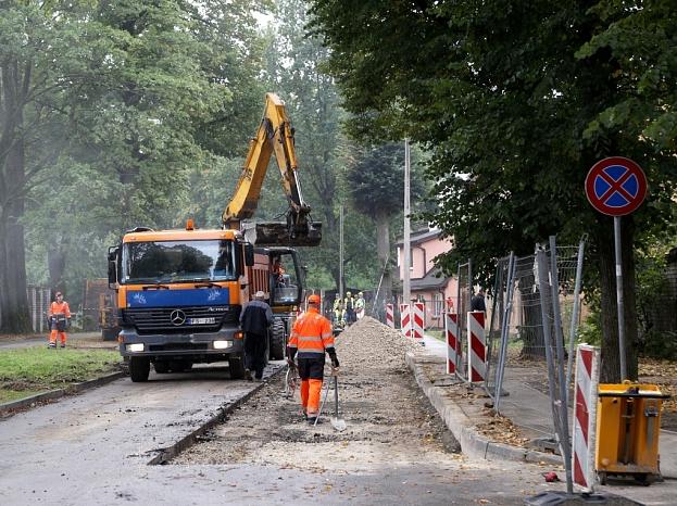 Notiek Ventspils ielas remontdarbi.