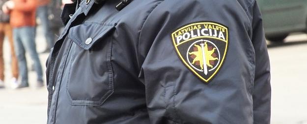 Rīgā ceļa satiksmes negadījumos cietuši divi gājēji