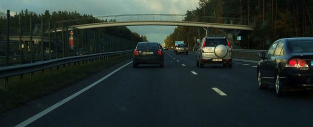 Vāc parakstus, lai ceļa nodokļa iekasēšanu pielīdzinātu Igaunijas vai Lietuvas praksei