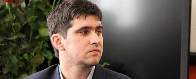 Reorganizētās Valkas ģimnāzijas direktora amatam virza Dāvi Sirmo
