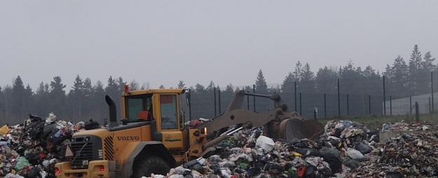 Ar jauniem noteikumiem centīsies sakārtot atkritumu savākšanas un šķirošanas laukumu darbību