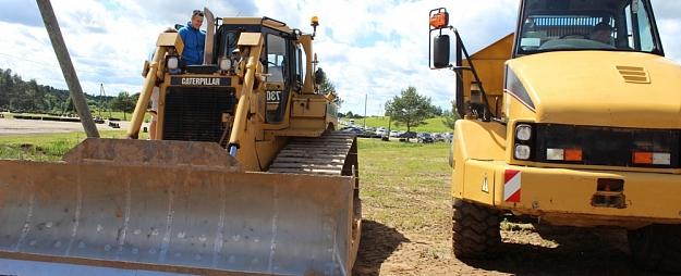 """""""Ergo"""" par nodegušiem traktoriem saimniekam Latgalē atlīdzībās izmaksājis 103 000 eiro"""