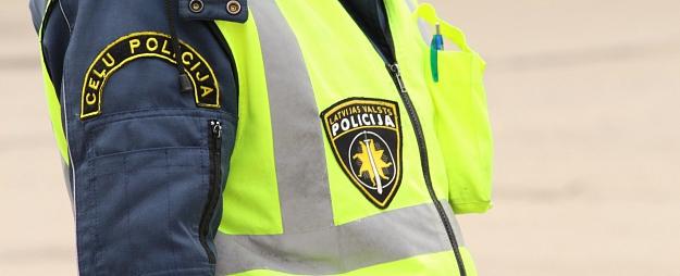 Policija Kurzemes reģionā pieķērusi 22 ātruma pārkāpējus