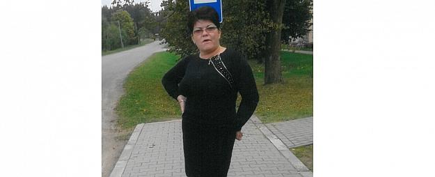 Valmieras policija ziņo; 43 gadus vecā sieviete atradusies