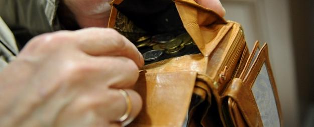 Palielināsies cena par pensiju un pabalstu piegādi dzīvesvietā