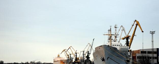 Arī Rīgas osta var piemērot sankcijas termināļiem pārkraušanas nosacījumu neievērošanas gadījumos