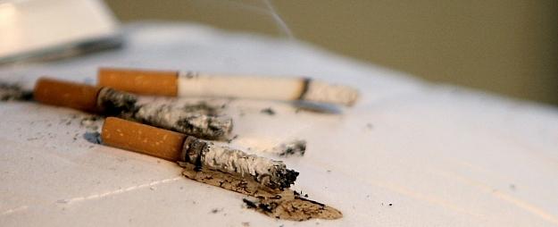 Latvijā šogad ugunsgrēkos gājuši bojā 74 cilvēki; gandrīz puse miruši neuzmanīgi smēķējot
