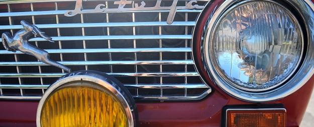 Saeima konceptuāli atbalsta ieceri par neatbilstošu nolietoto transportlīdzekļu apsaimniekošanu piemērot naudas sodus