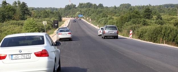Autoceļu uzturēšanai pērn izlietots 65,1 miljons eiro
