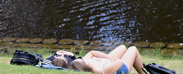 Sestdien turpināsies saulaina vasara, Kurzemē palielināsies mākoņu daudzums