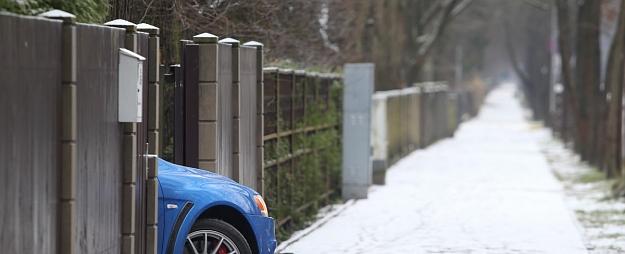 Iestājoties ziemai, iedzīvotāji atsākuši vākt parakstus par smilšu, nevis sāls izmantošanu ielu kaisīšanā