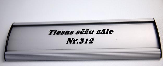 Lietu pret autobusa vadītāju par smagas avārijas izraisīšanu Igaunijā sāks skatīt rudenī