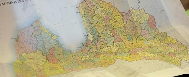 Alternatīvās administratīvi teritoriālās reformas autori piedāvā izveidot piecus vai astoņus apriņķus