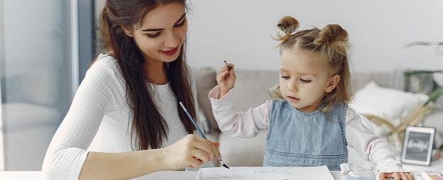 5 padomi, kāvasaras brīvlaikā palīdzēt bērniem apgūt spēju mācīties patstāvīgi