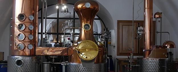Izzini dzēriena gatavošanas tradīcijas Šmakovkas muzejā