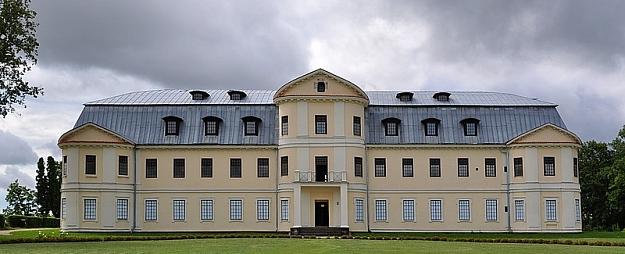 Pērle Daugavas lokos – Grāfu Plāteru pils jeb Krāslavas pils