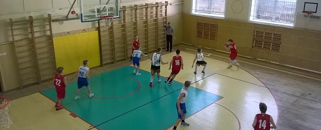 Jēkabpiliešu pirmie starti Baltijas zēnu basketbola līgā