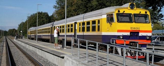 Rudenī tiks nodrošināts papildu vilciens zelta lapu baudītājiem