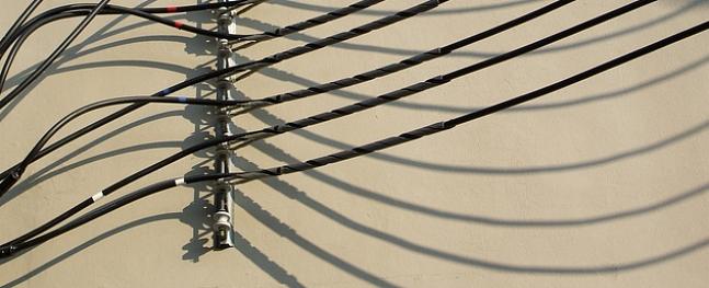 Zaglis Kandavas novadā zog elektrības vadus
