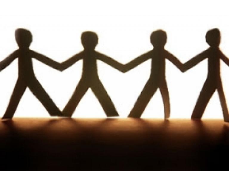 """Šodien Cēsīs viesojas starptautiskās labdarības organizācijas """"Rotary International"""" prezidents"""