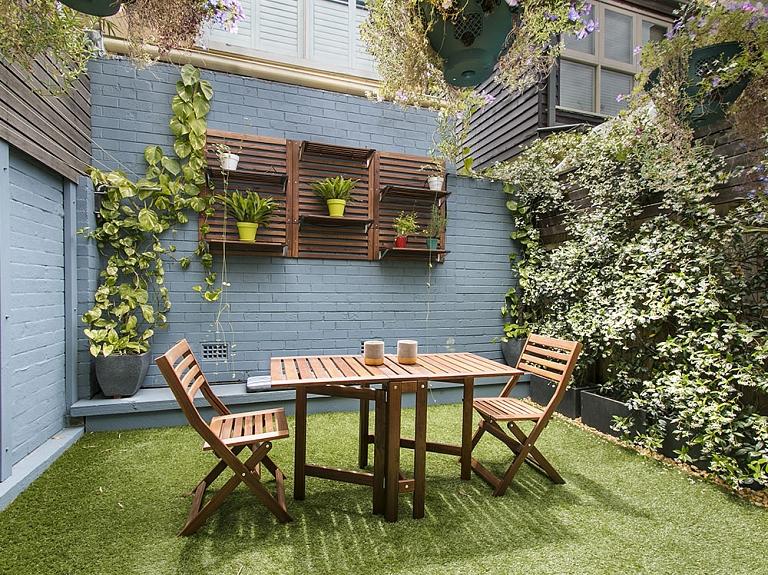 """SIA """"Parketa nams"""": terašu kopšana, koka virsmu kopšana, terašu eļļas"""