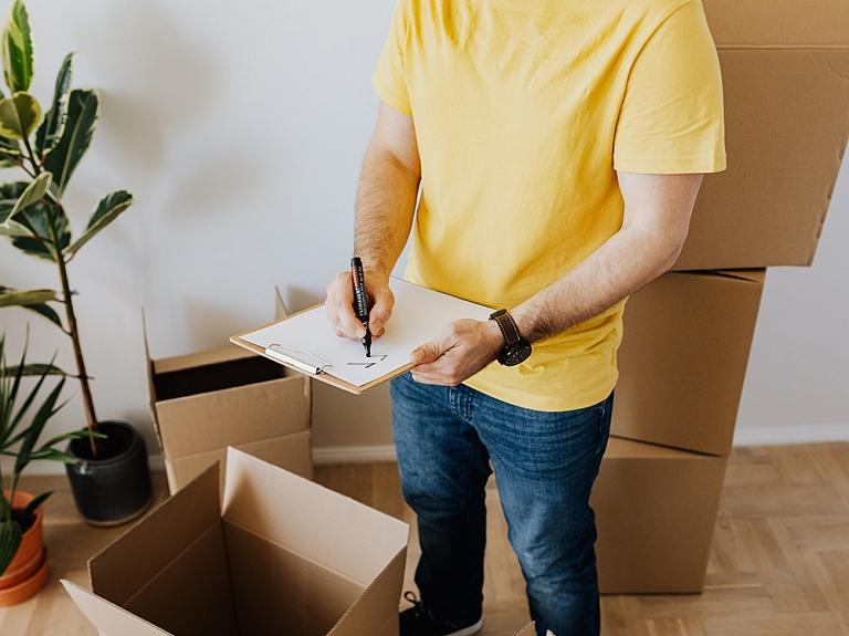 """SIA """"FF International Movers"""" – personīgo mantu pakošana un transportēšana, iepakošanas materiālu tirdzniecība un noma."""