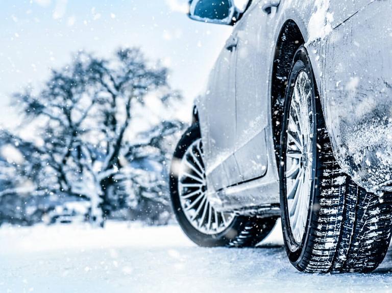 Kā sagatavot automašīnu ziemai?