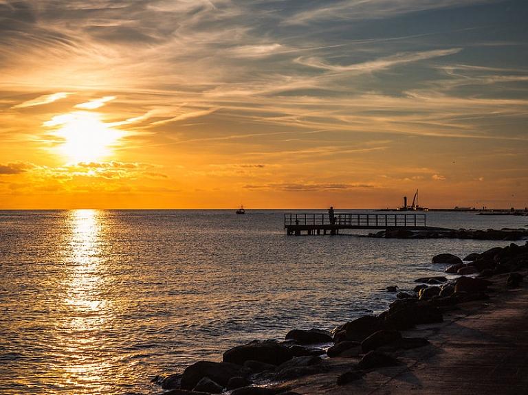 Mangaļsalas jūras dambis jeb Austrumu mols – ar ko tas zīmīgs?