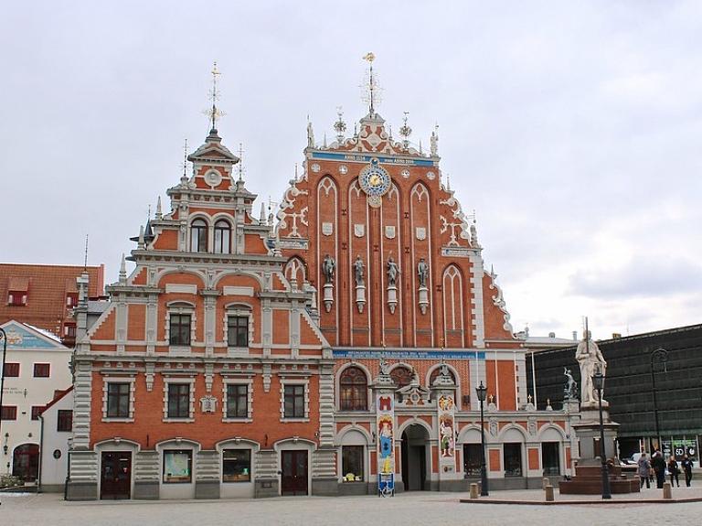 Rīgas pilsētas simbols – Melngalvju nams